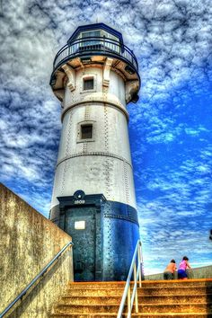 *m. Duluth Harbor North Breakwater Lighthouse