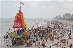 Dandavats | 7th Annual Daytona Beach Festival of Chariots and Ratha Yatra Parade