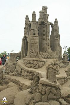 Amazin' Walter's sand castle, by Grain Damaged, via Flickr