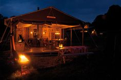 Paulo Mariotti 5 stars camping shows Un lit dans le pré, with deluxe cabins in organic agriculture farms in France.