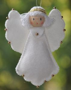 """Everything about """"Felt Ornaments"""" Christmas Angel Ornaments, Felt Christmas Decorations, Felt Ornaments, Beaded Ornaments, Birthday Decorations, Christmas Projects, Holiday Crafts, July Crafts, Homemade Christmas"""