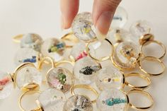 Snow Globe Ring- So cute