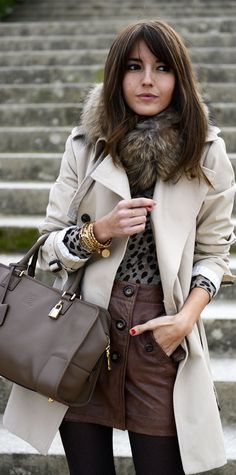 Alexandra Pereira, love these taupe tones Winter Looks, Carrie Bradshaw, Winter Wear, Autumn Winter Fashion, Alexandra Pereira, I Love Fashion, Womens Fashion, Fashion Design, Winter Stil