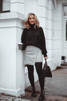 Blogger Eirin Kristiansen wearing knit and skirt from H&M