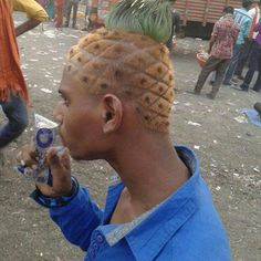 """""""Ahh the love for pineapples  #pineapplelove #artwork #awesome #lol #cool #pinapples #funny #fabulous #l4l  #crazyhair #art"""" Photo taken by @linadecoart on Instagram, pinned via the InstaPin iOS App! http://www.instapinapp.com (05/02/2015)"""