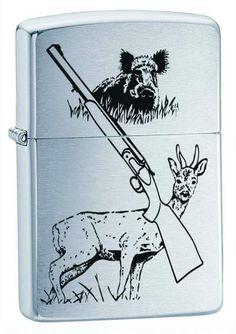 Hunting Game brushed chrome smukt illustreret med jagtgevær og dyr, er dette en flot jagtlighter med en krop af børstet krom. Illustrativ og smuk.  Den perfekte lighter til den dedikerede jæger. Suveræn til campingturen eller udflugten.   Zippo lighteren Hunting Game vil med garanti blive els