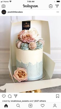 Buttercream single tier cake fresh floral macarons dusty rose Buttercream single tier cake fresh floral macarons dusty rose This image. Gorgeous Cakes, Pretty Cakes, Cute Cakes, Amazing Cakes, Bolo Floral, Floral Cake, Single Tier Cake, 1 Tier Cake, Bolo Cake