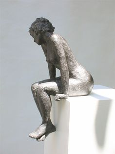 Femme assise (par Marie Ventadour)