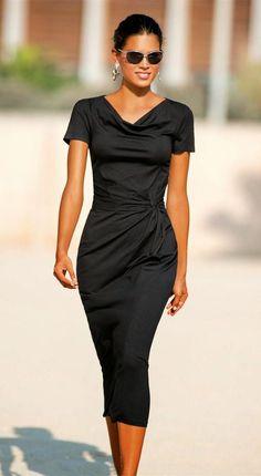 Madeleine Jersey Dress Black Source by gramgraw dress outfits Elegant Dresses, Casual Dresses, Fashion Dresses, Dresses For Work, Trendy Dresses, Classy Dress, Classy Outfits, Beautiful Outfits, Lil Black Dress