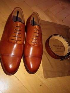 My personal chesnut Oxfords by Meermin!