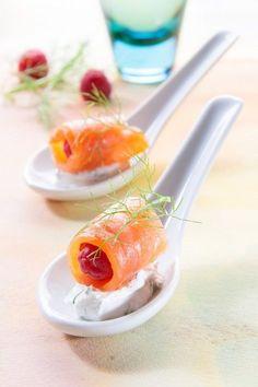 Gourmet Food Plating, Finger Foods, Gourmet Recipes, Salmon, Buffet, Appetizers, Cooking, Tableware, Health