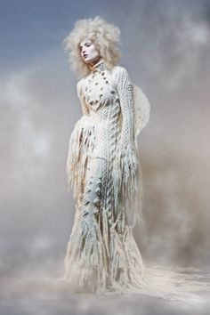 Celebrities who wear, use, or own Jean Paul Gaultier Fall 2006 RTW Knit Dress. Also discover the movies, TV shows, and events associated with Jean Paul Gaultier Fall 2006 RTW Knit Dress. Knitwear Fashion, Knit Fashion, Fashion Art, Editorial Fashion, Fashion Design, Fashion Models, High Fashion, Jean Paul Gaultier, Catsuit