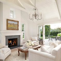 French Country Chandelier, Modern French Country, French Country Bedrooms, French Country Living Room, French Country Decorating, Modern French Decor, Modern French Interiors, French Home Decor, French Cottage