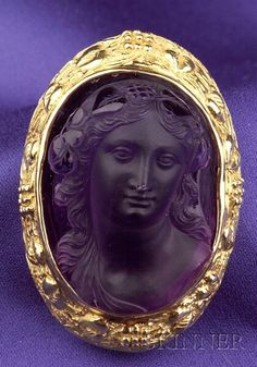18kt Gold and Amethyst Cameo Brooch