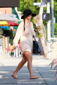 WANT!!(: Brenda Song, Sexy Body, Dress Up, Cold Shoulder Dress, Cute Outfits, White Dress, Beautiful Women, Feminine, Celebs