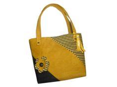 SORA- Sac cabas jaune safran et noir , pied de poule et simili cuir fleur et franges : Sacs à main par catsoo