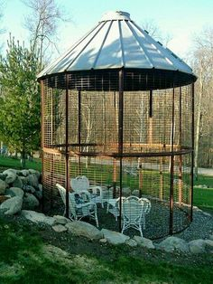 Corn Crib Gazebo - WoodWorking Projects & Plans