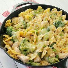 Chicken broccoli pasta skillets