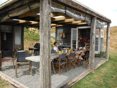 Rustic Outdoor Kitchens, Outdoor Kitchen Design, Outdoor Rooms, Patio Design, Outdoor Decor, Outdoor Camp Kitchen, Backyard Pavilion, Backyard Bar, Bbq Shed