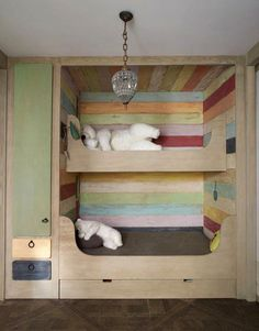 bunk beds - paint the drawers and shelves different colors?