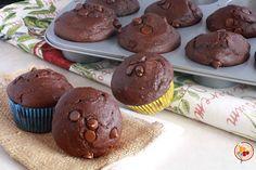I muffin al cioccolato senza uova e burro