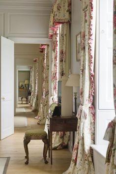 Charming Georgian Manor located in South Devon, UK #enfilade #infilata #interiordesign - More wonders at www.francescocatalano.it