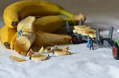 How to get banana! | miniature photography - small world and tiny people
