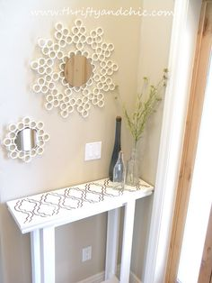 Thrifty and Chic - DIY Projects and Home Decor.with PVC pipe mirror and pallet entry table Sunburst Mirror, Diy Mirror, Wall Mirrors, Pvc Pipe Projects, Diy Projects To Try, Craft Projects, Home Crafts, Diy Home Decor, Diy Crafts