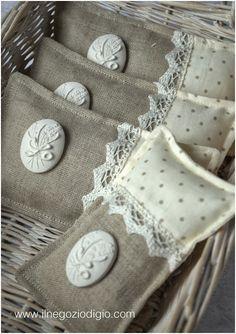 lavander sachet - by puntocroce e fantasia