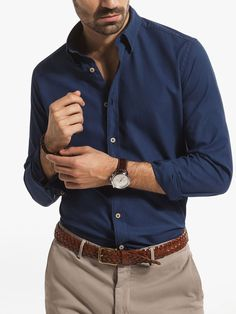 SLIM-FIT STRUCTURED SHIRT