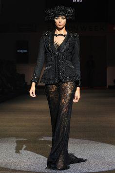 Michael Cinco. Asian Couture Show. FIDe Fashion Week. Singapore