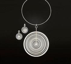 How To Make Silver Bracelets Minimal Jewelry, Modern Jewelry, Jewelry Art, Vintage Jewelry, Jewelry Necklaces, Jewelry Design, Silver Bracelets, Silver Jewelry, Silver Earrings