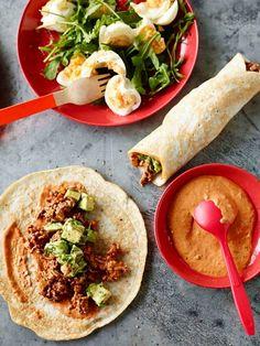 Pete Evans' Grain-Free Breakfast Burrito Source by Free Breakfast, Paleo Breakfast, Breakfast Recipes, Breakfast Ideas, Pete Evans Paleo, Breakfast Burritos, Convenience Food, Eating Habits, Paleo Recipes