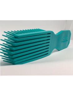 Felicia Leatherwood Detangler Brush (Teal) — Brush With The Best Curly Hair Styles, Natural Hair Styles, Natural Hair Weaves, Detangling Brush, Hair Shedding, Best Brushes, Hair Pulling, Coily Hair