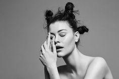 Photo: Fredrik Augustsson Hair: Annie Ankervik Makeup: Milla Aleksandra Model: Agnes S / Le  Management
