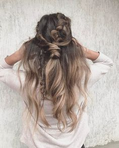 Pretty hairstyle for long hair ,hairstyle inspiration #hairstyle #bohohair