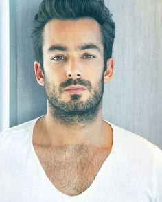 Aaron Diaz will always be my #1 celebrity crush | Instagram photo by @aarondiazworld