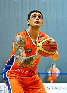 Southland Sharks' Puke Lenden in the game against Manawatu Jets at Stadium Southland. Shark S, Jets, Game, Sports, Fashion, Hs Sports, Moda, Fashion Styles, Sport
