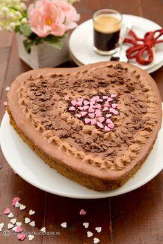 tort-cu-mousse-de-ciocolata-si-mascarpone