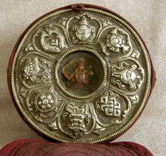 Antique  Tibetan Buddhist Gau Silver Repousse, round Style ...