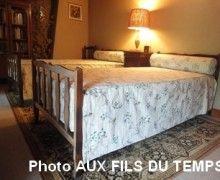 Aux Fils du Temps - Tapissier http://www.osezlartisanat.fr/artisans/aux-fils-du-temps/
