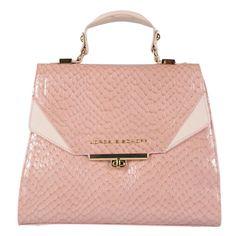 Bolsa em couro com textura tartaruga ágata e detalhes em couro extramacio…