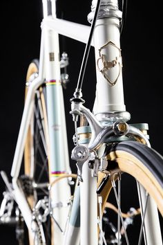 The lineage of Chiossi Cycles can be traced back to 1942 which, compared to Bianchi's foundation in 1885, is recent but just as esteemed.