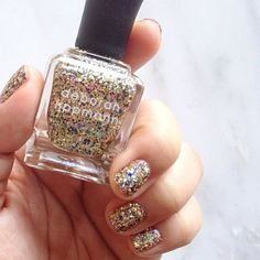 Deborah Lippmann #glitter #nails #nailpolish #nailart