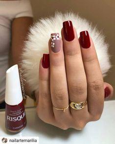 nails - Não fique fora da moda, veja essa dica e ligada nas tendência de lindas unhas! Cute Acrylic Nails, Glitter Nails, Cute Nails, Perfect Nails, Gorgeous Nails, Nailart, Nails Polish, Burgundy Nails, Gray Nails
