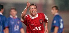 Paul Dickov Arsenal Players, Football Players, England, Memories, Sports, Tops, Soccer Players, Hs Sports, Sport
