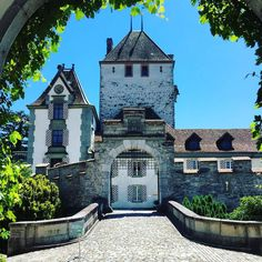 Today: Schlosskonzerte Thun at #schlossOberhofen #twiolinsontour #wonderfulplaces #traveltheworld #thun #switzerland #oberhofen #oberhofencastle #schlosskonzertethun #placestogo