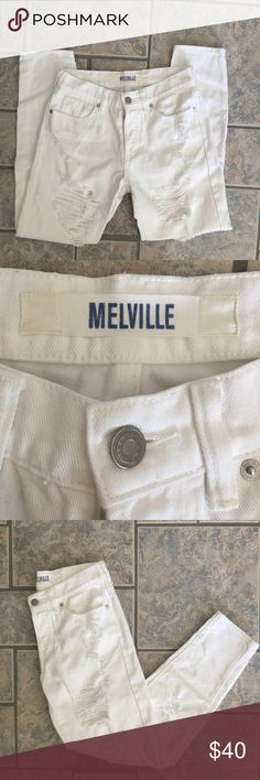 Brandy Melville Boyfriend Jeans Preowned and in great condition. No flaws. Distressed jeans. Size 24. Button fly. Brandy Melville Jeans Boyfriend