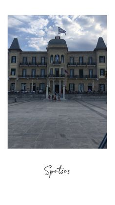 Louvre, Building, Travel, Viajes, Buildings, Trips, Traveling, Tourism, Architectural Engineering