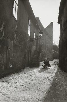 Pavol Poljak: Sánkovačka na Petöfiho (dnes Beblavého) ulici v Bratislave:1930 - 1940